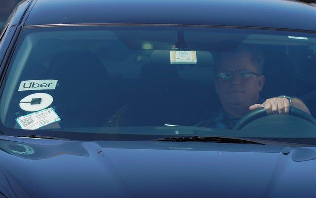 La medida aprobada en la boleta electoral de California permite a Uber y Lyft clasificar a los trabajadores como piezas de automóviles