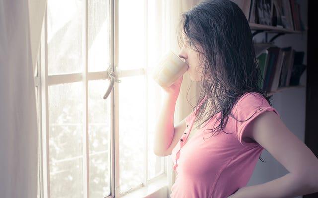 あなたの遺伝子があなたが朝の人であるかどうかにどのように影響するか