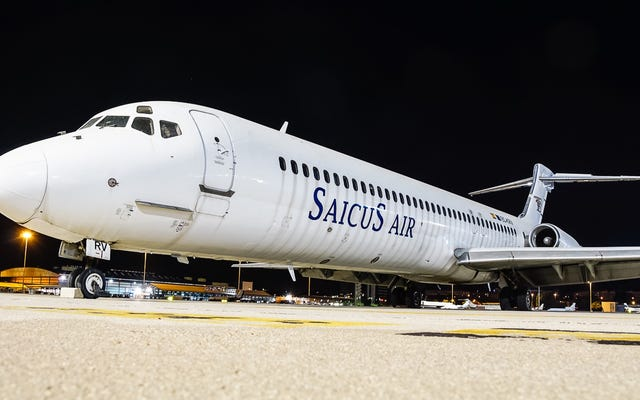 Madrid đang tìm kiếm chủ nhân của chiếc máy bay đã bị bỏ rơi tại sân bay của họ trong 9 năm
