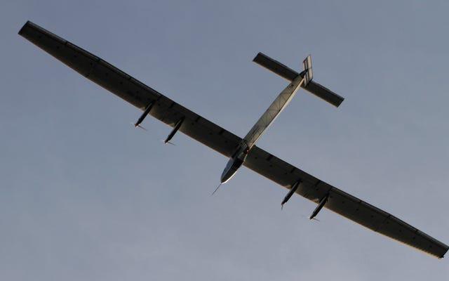 ソーラープレーンのパシフィックマラソンがパイロットを究極の耐久性テストに