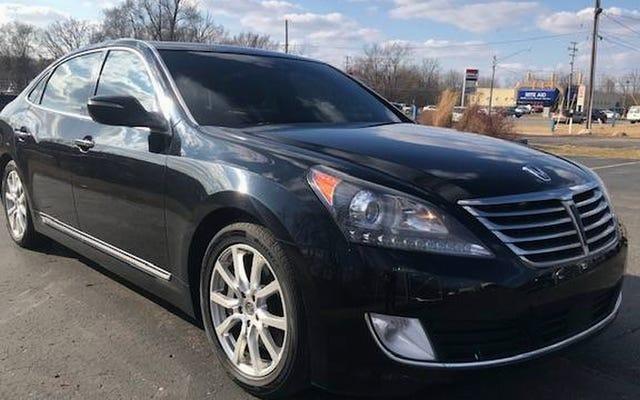 ที่ 8,900 เหรียญคุณจะลองขี่รถในปี 2014 Hyundai Equus Ultimate หรือไม่?