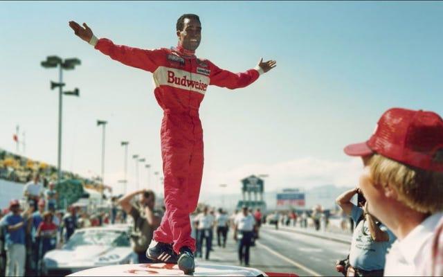 レーシングチャンピオンのウィリーT.リブスは、輝かしい勝利のラップアップで黒人の歴史における彼のすべての場所を思い出させます
