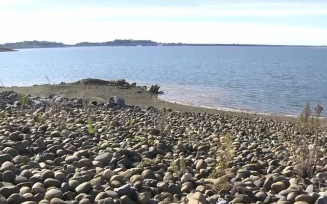 Le lac vide le plus célèbre de Californie est à nouveau plein, grâce à El Niño