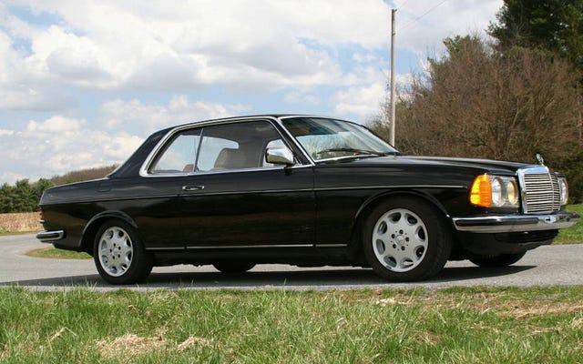 $ 7,995で、この1983年のメルセデス230CEで自分の姿を見ることができますか?