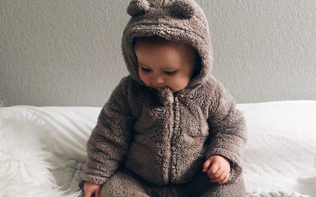 寒い季節に赤ちゃんをドレスアップする方法