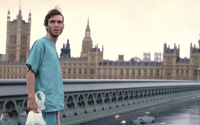 アレックスガーランドの次のプロジェクトは、英国を舞台にした低予算のホラー映画です。