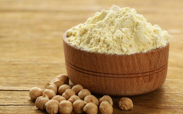 A farinha de grão de bico é mais nutritiva do que a farinha normal?