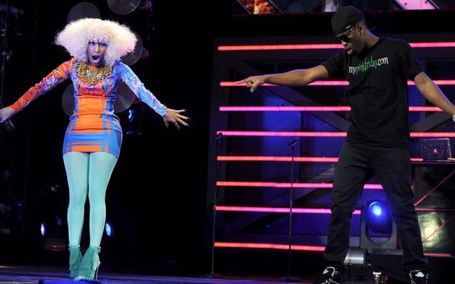 """Nicki Minaj nennt ihren Ex-Safaree eine """"schlechte Entschuldigung eines Mannes"""" in Super Sweet Twitter Rant"""
