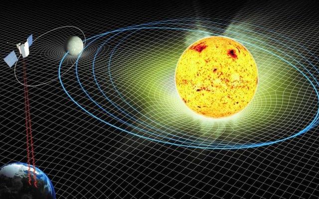 アインシュタインの理論の新しい証拠は、太陽が質量を失っていることを確認しています