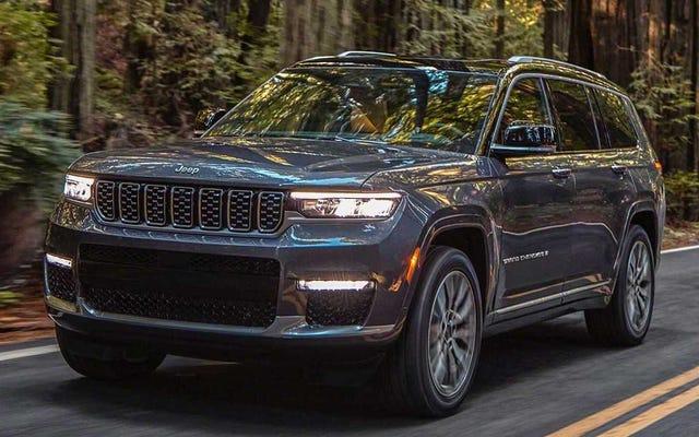 Chiếc Jeep Grand Cherokee L năm 2021 là chiếc Grand Cherokee ba hàng ghế đầu tiên từng có. Đó là khoảng thời gian chết tiệt