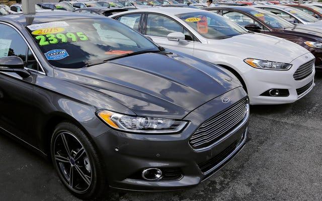 不況時に売れた新車が少ないため、安い中古車を見つけるのは難しい