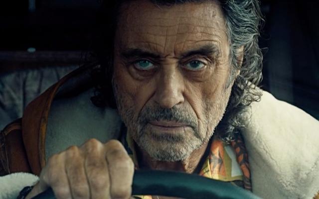 Bóng tối tiến về phía bắc trong trailer phần 3 sử thi của American Gods