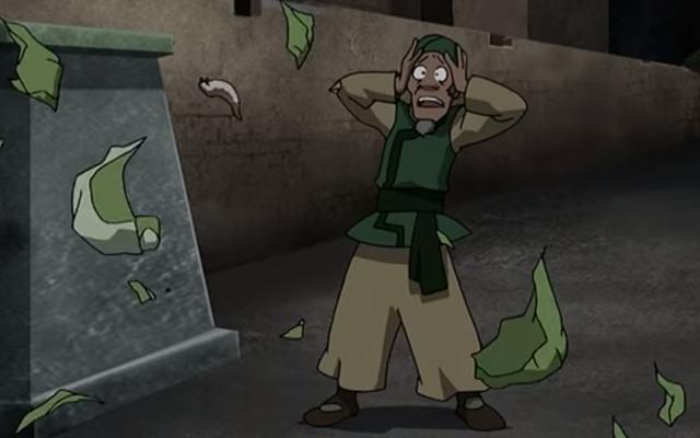アバターの「キャベツマン」が実写番組で破壊された農産物を叫びたがっている