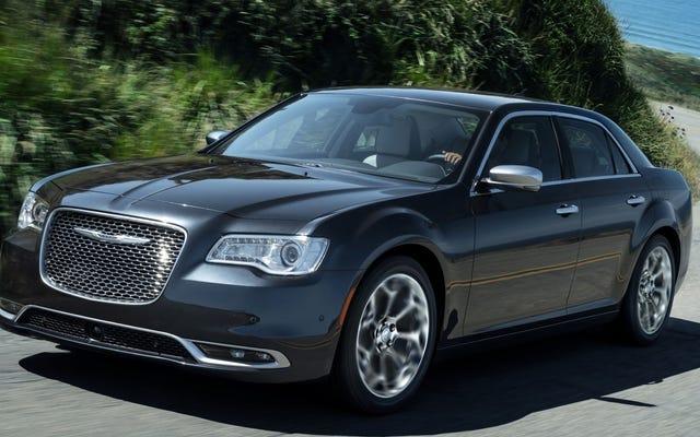 Il est venu à mon attention que la Chrysler 300 sera toujours là l'année prochaine