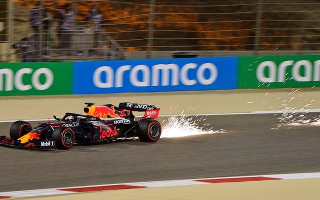 レッドブルレーシングのマックスフェルスタッペンが2021年のF1レースでポールポジションを獲得