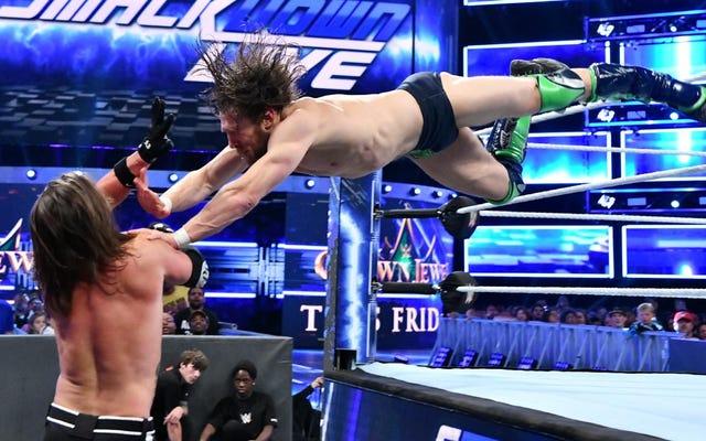 はい、WWEは金曜日のサウジアラビアカードからジョン・シナとダニエル・ブライアンを書きました