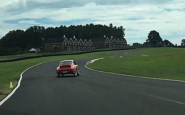 Xe địa hình Porsche Hoonage còn hoành tráng hơn nhiều với nhạc nền của Rick Ross
