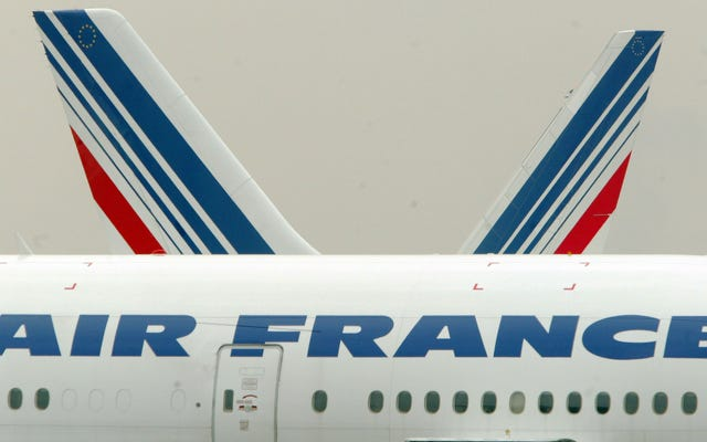 Fransa'nın Yeni Uçuş Vergisi Geri Aldı