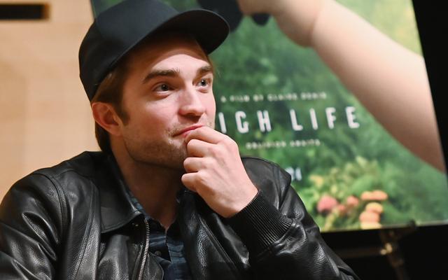 Laporan: Jadi Robert Pattinson Pasti, Mungkin Batman Sekarang?