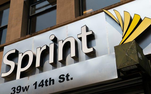 Sprint đã thu được hàng triệu triệu khoản trợ cấp liên bang cho dịch vụ mà nó không cung cấp, FCC cho biết