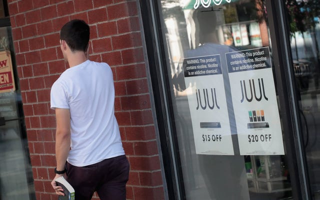 伝えられるところによると、Juulの従業員はマールボロのメーカーとの取引の可能性に腹を立てている