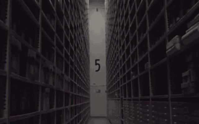 Un aperçu de l'intérieur de la chambre forte cachée où Harvard garde des millions de livres