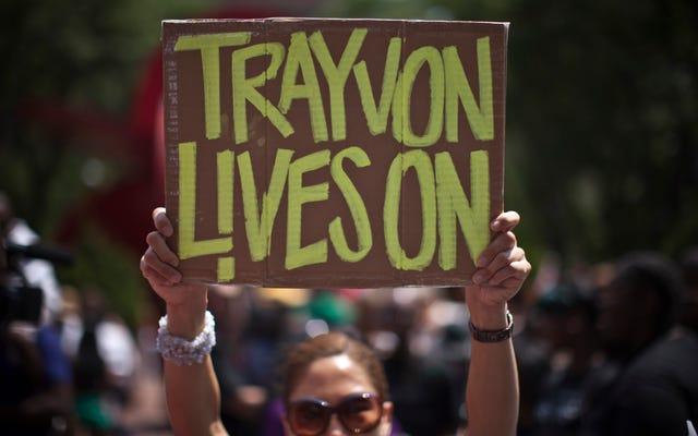 トレイボン・マーティンの25歳の誕生日に、ブラックツイッターは彼の人生と遺産を祝います