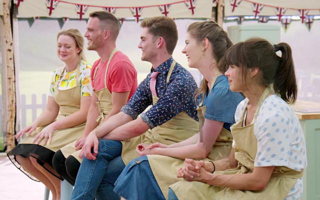 งาน Pastry Week ของ Great British Baking Show เป็นหนึ่งชั่วโมงตรงของ WTF