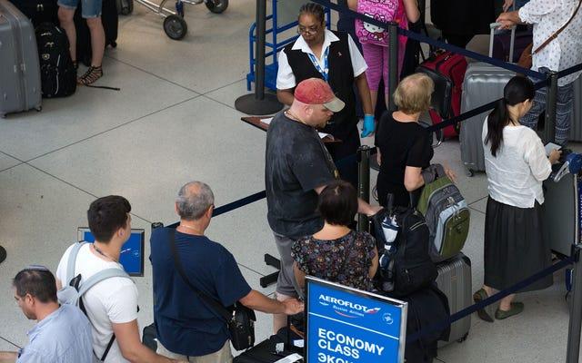 Bagaimana Menjaga Data Anda Aman Saat Bepergian ke Luar Negeri