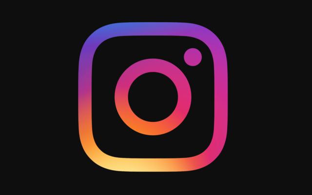 В Instagram наконец-то появился темный режим, но вы не найдете возможности его активировать