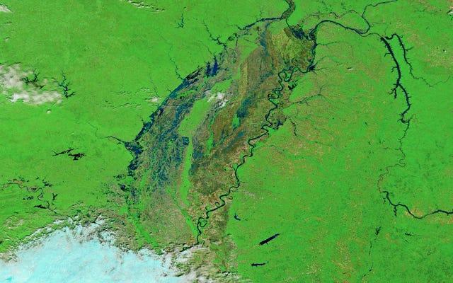 Vùng Trung Tây trông hoàn toàn ngập trong hình ảnh mới này từ không gian