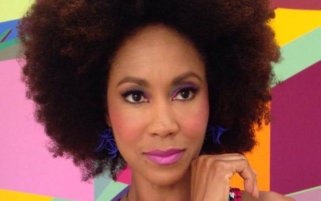 Ex Miss Ala. Suspendida de su trabajo en televisión después de llamar 'Mártir' al francotirador de Dallas