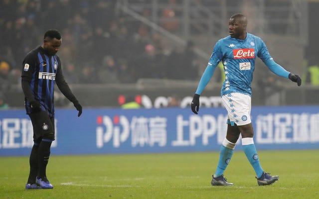 Inter forzado a jugar dos partidos en estadio cerrado por tener fanáticos racistas
