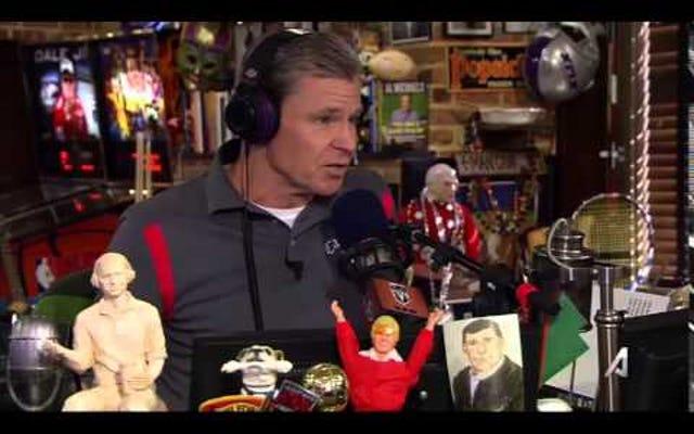 """Dan Patrick Memanggil Colin Cowherd Karena Memiliki """"Otot ESPN"""""""