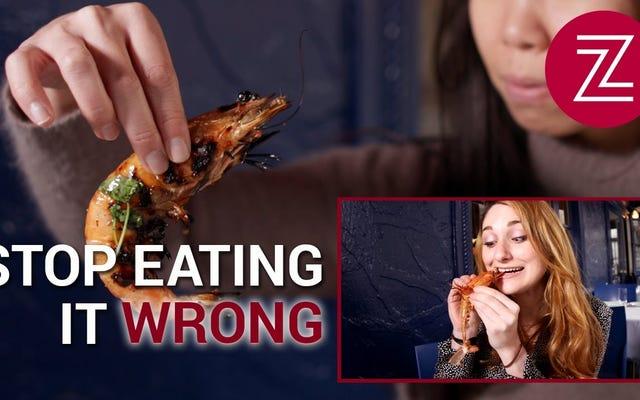 Cara Terbaik Makan Udang Disiapkan Empat Cara Berbeda