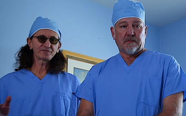 ラッシュとトムモレロがティムコマーフォードで脊椎手術を行うのを見る