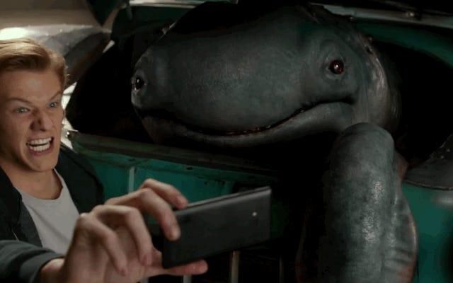 मॉन्स्टर ट्रक्स, मॉन्स्टर्स के बारे में एक फिल्म जो ट्रक भी हैं, लानत नासमझ हैं