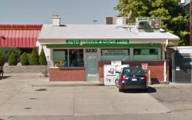 ミシガンの店主は「黒人」と「ゲットーフォークス」について人種差別的なYelpのコメントを書きましたか?