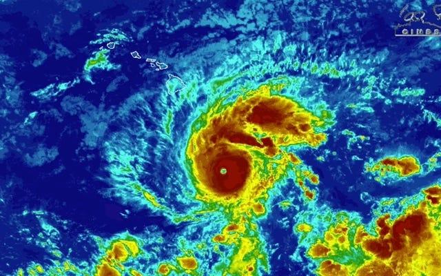 L'ouragan Lane pourrait faire un rare atterrissage à Hawaï