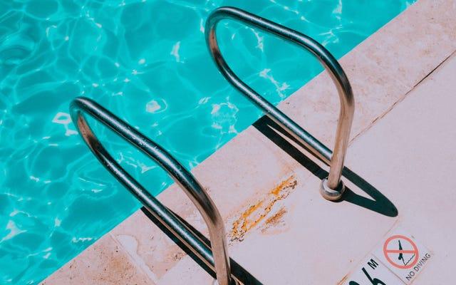 Come evitare di ammalarsi da una piscina pubblica