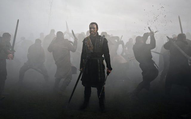 マイケル・ファスベンダーがマクベスを演じ、生き残った戦争の恐怖についての豪華な映画で