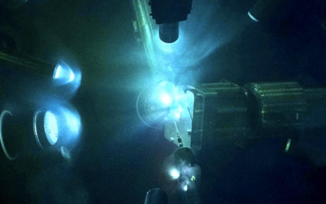 Un experimento láser sin precedentes podría enseñarnos sobre los núcleos de las super-Tierras