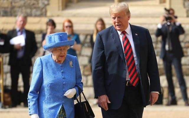 宮殿は、チャールズとウィリアムが最初に会うことは決してなかったので、トランプをスナッブしたことを否定します