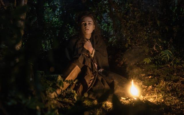 Brianna và Roger bị đẩy vào quá khứ trong một Outlander, tất cả về tình phụ tử và mất mát