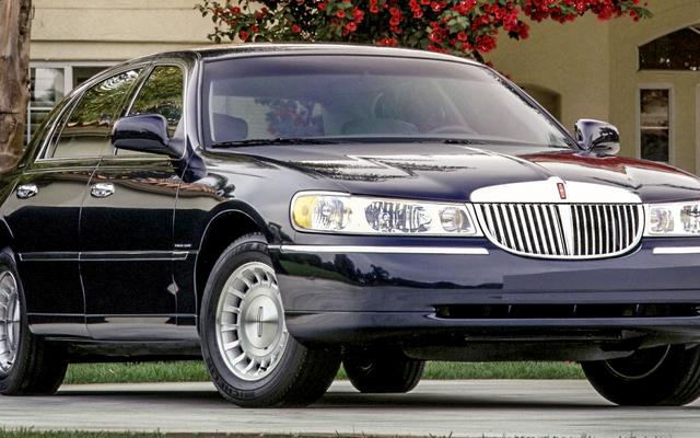 Voici dix des voitures les plus fiables pour moins de 2000 $