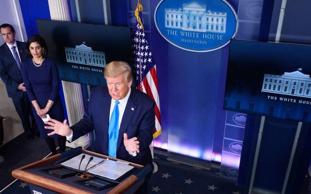 Genius Trump, Coronavirüs Salgınının Zirvesinde Dünya Sağlık Örgütü'nü Çökertmekle Tehdit Ediyor