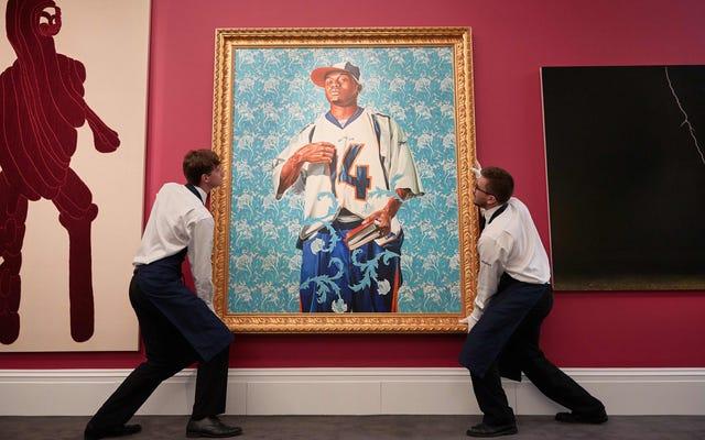 彼らの選ばれた肖像画家と、バラクとミシェルオバマはクラスの障壁にうなずきます