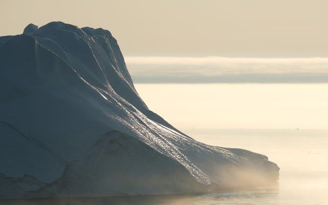 प्राचीन ग्रीनलैंड गुफा तलछट में जलवायु परिवर्तन चेतावनी होती है
