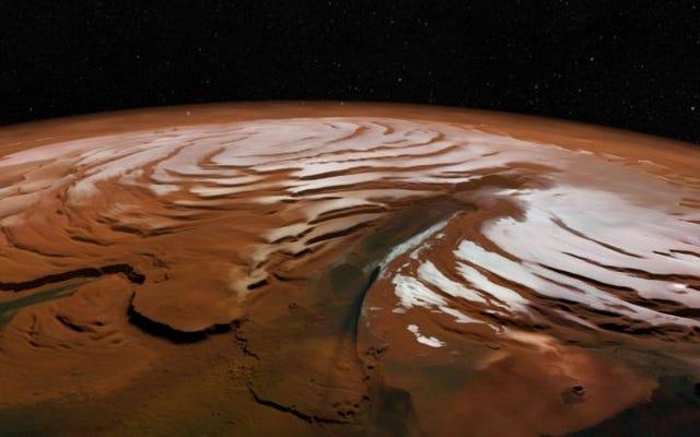 彼らは火星の北極の下に隠された驚異的な量の水を発見します