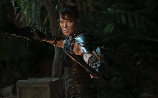Le réalisateur Paul WS Anderson et la star Jin Au-Yeung s'excusent pour la blague offensive de Monster Hunter